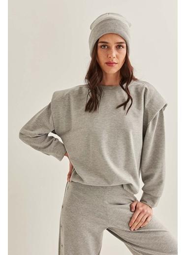 Vitrin Omuz Detaylı Sweatshirt Gri